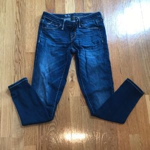 Mossimo jeans size 2 SHORT